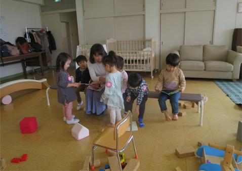 未就園児プログラム 東洋英和女学院大学付属かえで幼稚園